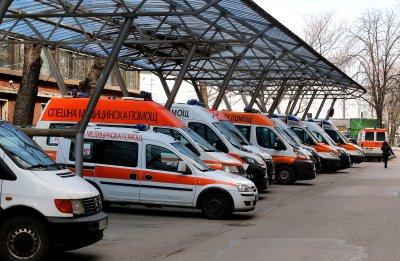 Спешната помощ в София изнемогва, очаква се затягане на мерките от събота