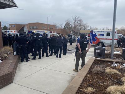 10 жертви след стрелба в супермаркет в щата Колорадо