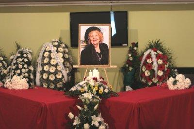 Последно сбогом с цвете за Татяна Лолова