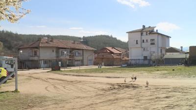 Защо дерегистрираха над 3000 граждани от Р Северна Македония в село Рилци