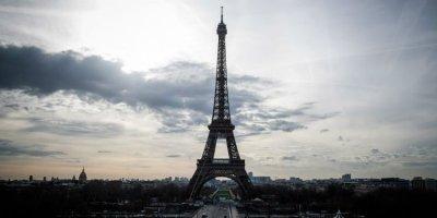 Вечерен час и по-строги мерки в нови три департамента на Франция