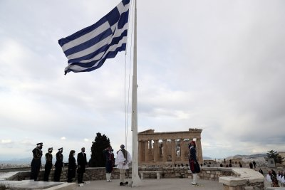 Гърция отбелязва националния си празник с мащабен военен парад