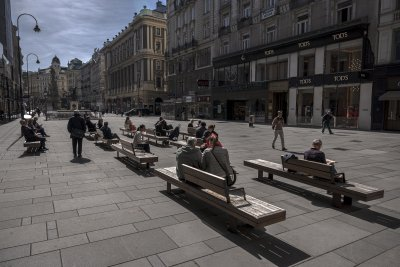 Австрия се готви за пълна карантина, Франция - за нови мерки