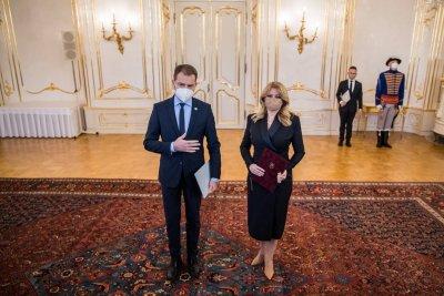 """Словашкият премиер подаде оставка заради """"Спутник V"""""""