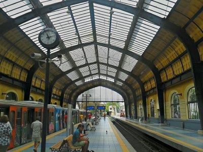 Модерен високоскоростен влак не може да бъде пуснат в Гърция заради COVID-19