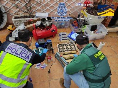 Испанската полиция разби мрежа за наркотрафик