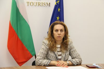 Марияна Николова: Здравният сертификат ще улесни безопасното пътуване