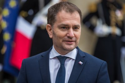 Рокади в Словакия: Премиерът става финансов министър?