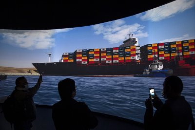 Доставките на кои стоки бяха забавени заради кризата в Суецкия канал?
