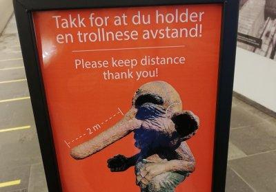 Социалната дистанция в Норвегия - на един тролски нос разстояние