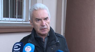 Волен Сидеров гласува в София с хартиена бюлетина