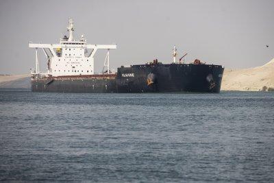 Задръстването при Суецкия канал приключи