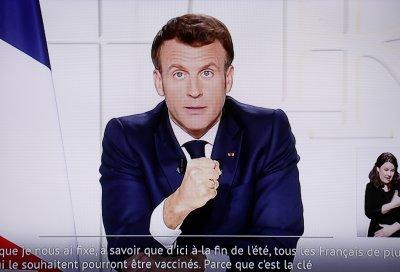 Франция въвежда пълна блокада