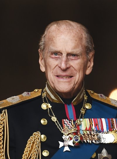 Принц Филип - роднина на четирима български владетели (СНИМКИ)