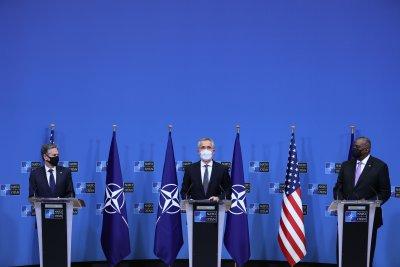 Изтеглянето на войските на НАТО от Афганистан ще започне от 1 май