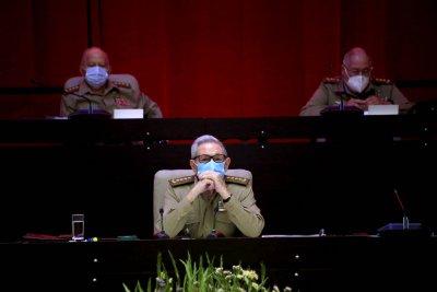 """Историческо: Куба се разделя с епохата """"Кастро"""""""