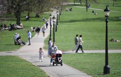 В Англия разхлабването на мерките ще започне на 12 април
