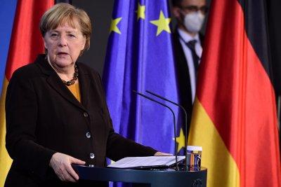 Лидерска битка: Говорят претендентите за поста на Меркел