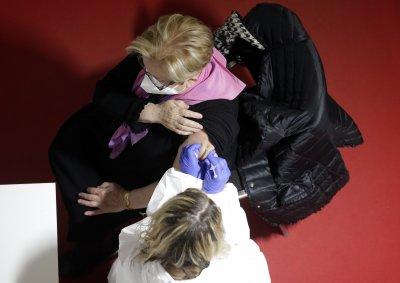 Сърбия обсъжда задължителна ваксинация за здравните работници