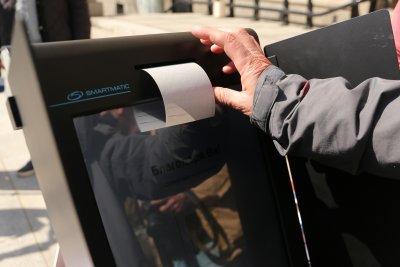 Все още няма данни колко българи са гласували машинно на изборите