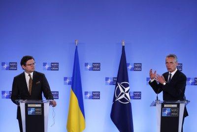 НАТО декларира категорична подкрепа за Украйна