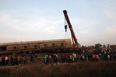11 души са загинали във влаковата катастрофа в Египет
