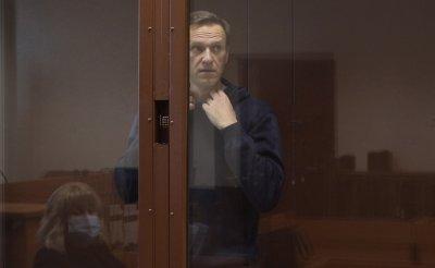 Навални може да умре всеки момент, твърдят лекари
