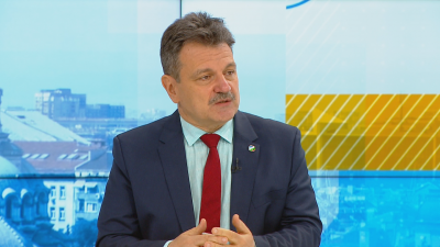 Д-р Александър Симидчиев: Не бива да се спира работата на щаба, докато няма нов