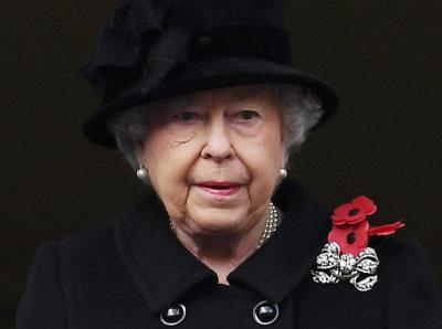 Тъжен рожден ден: Кралица Елизабет II навършва 95 години