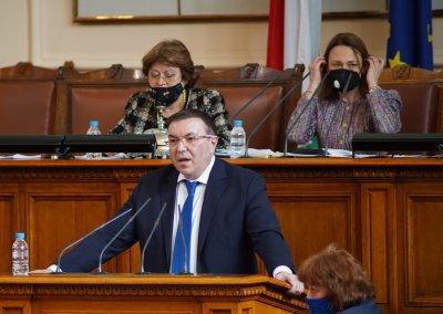 Костадин Ангелов: Парламентът да излъчи членове на щаба