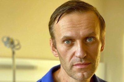 Властта срещу Навални: Московската прокуратура спря дейността на щабовете му