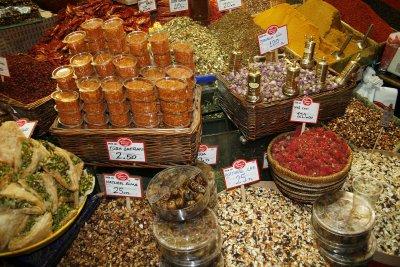 Армения забранява продажбата на турски стоки