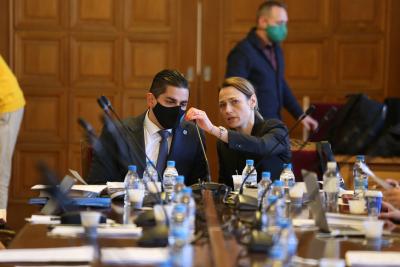 Правната комисия в НС одобри промени в Изборния кодекс