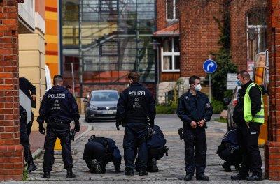 Служителка уби с нож четирима пациенти в клиника за хора с увреждания в Германия