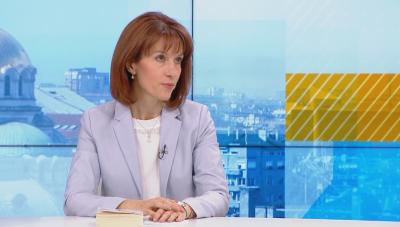 Камелия Нейкова: Между 300 и 500 машини ще са необходими, за да се осигурят всички изборни секции