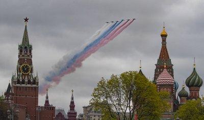 12 000 военни участваха в парада за Деня на победата в Москва