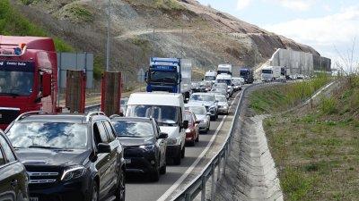 """Засилен трафик се очаква по АМ """"Тракия"""" в последния от поредицата почивни дни"""
