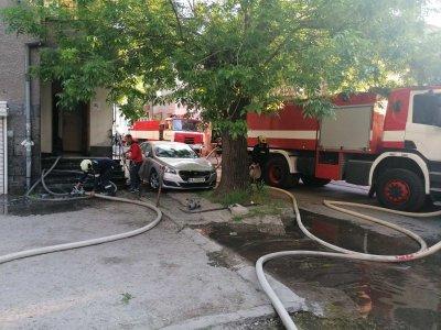 Пожар горя в жилищна кооперация в центъра на Пазарджик