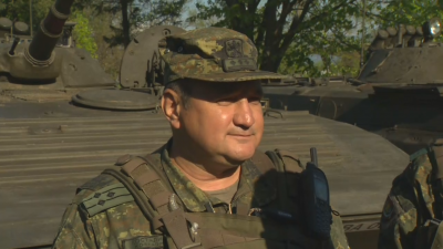 37 военни машини на демонстрацията на сухопътните войски в Казанлък