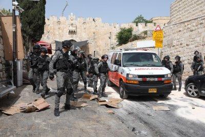 Напрежение в Източен Йерусалим - нови сблъсъци между израелци и палестинци