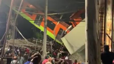 19 души загинаха след срутване на надлез на метрото в Мексико