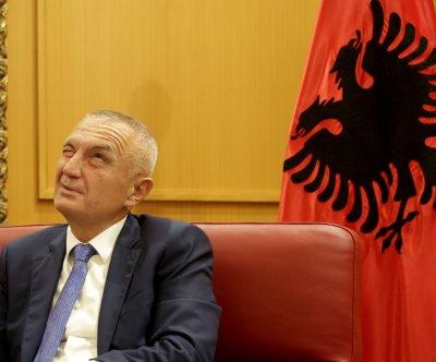 Илир Мета остава президент на Албания до края на мандата си