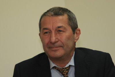 Тежко остава състоянието на Владимир Каролев