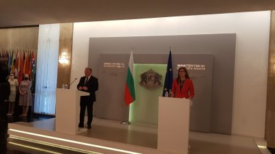 Бившият и новият външен министър с обща декларация за ситуацията в Израел