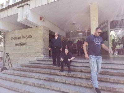 Напрежение в Пловдив заради променената мярка на шофьора от инцидента на Околовръстното (Обзор)