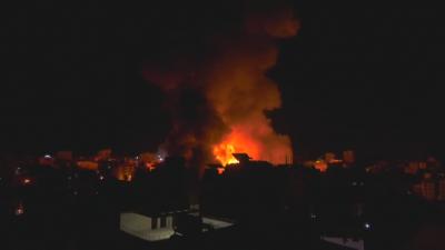Израелски самолети нанесоха нови удари в Газа, жертвите на конфликта се увеличават
