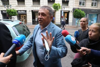 Иван Ангелов поиска да се подложи на детектор на лъжата заедно със Светослав Илчовски