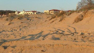 "Министерството на туризма разпореди проверка на плаж ""Смокините-север"""