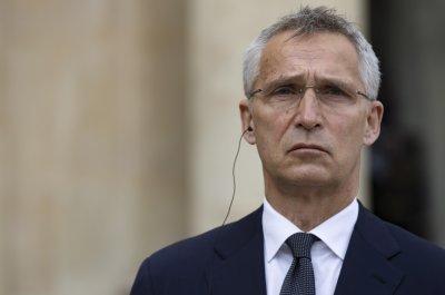 НАТО: Инцидентът със задържания в Минск самолет е опасен