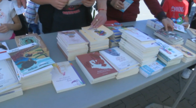 """Кампанията """"Книги за смет"""" гостува в Русе и Варна"""